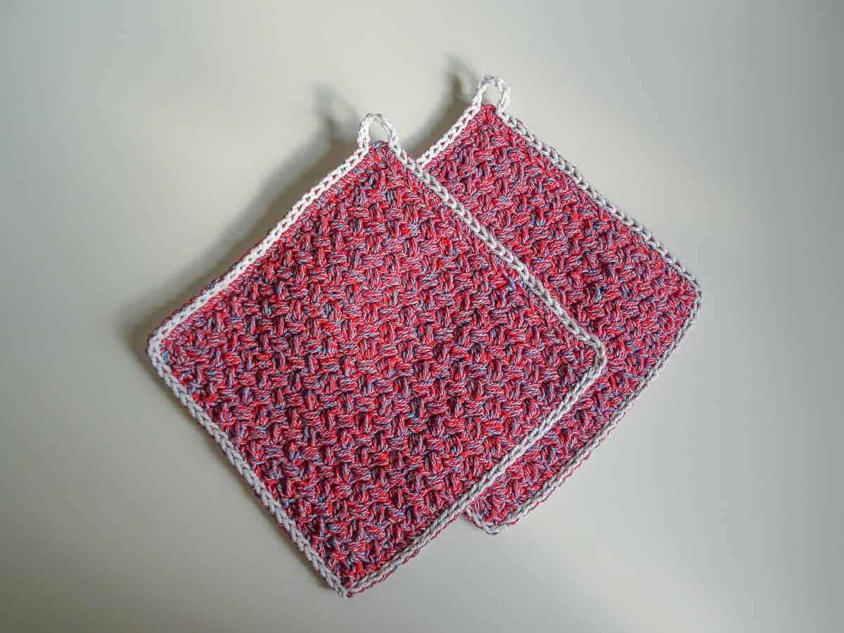 pot holdes and egg warmers crochet pattern design