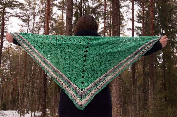 decorus shawl crochet pattern design