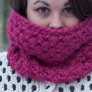 really warm winter bundle, crochet infinity cowl crochet pattern design