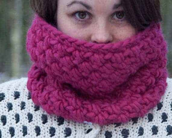Infinity Cowl Crochet Pattern Design – Skill Level Easy