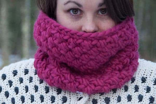 really warm winter bundle infinity cowl crochet pattern design