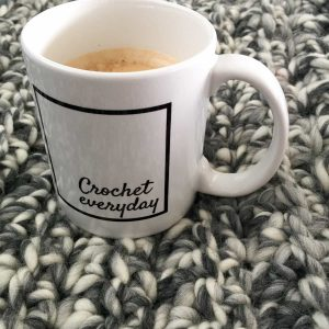 crochet everyday mug black