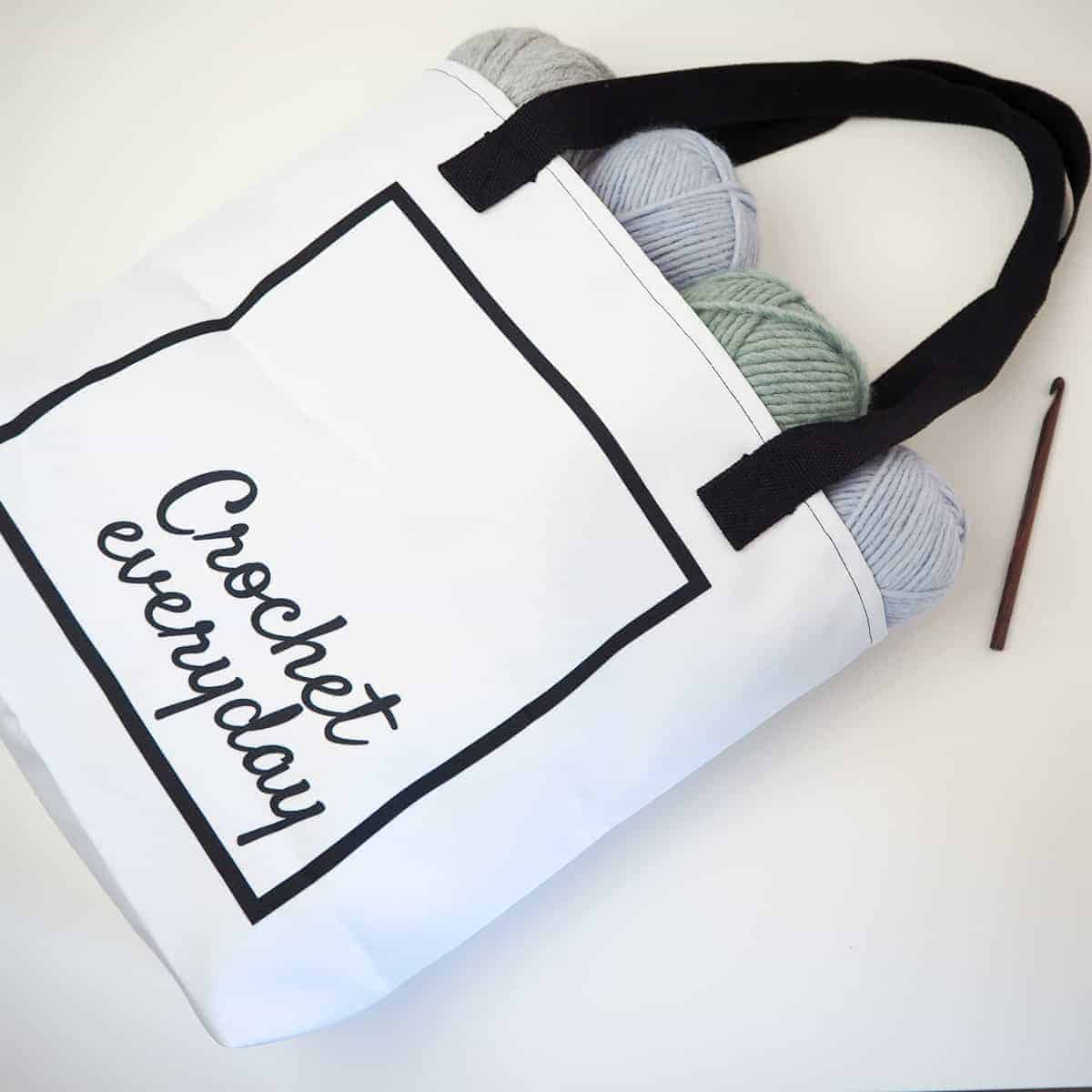 crochet everyday tote bag black