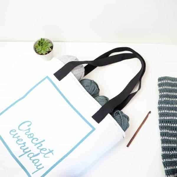 crochet everyday tote bag teal