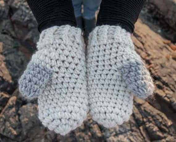 Scato Mittens Crochet Pattern Design – Skill Level Easy