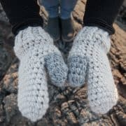 scato mittens crochet pattern design
