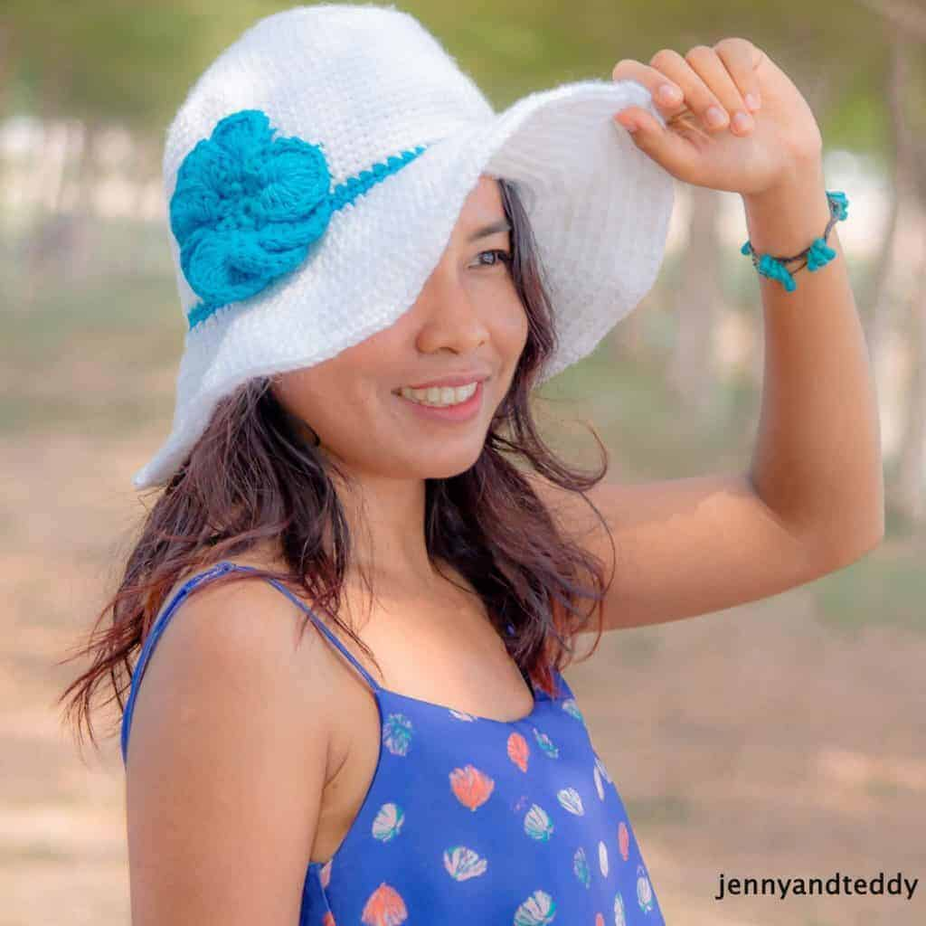 Crochet Sun Hats For Summer, white crochet sun hat modeled