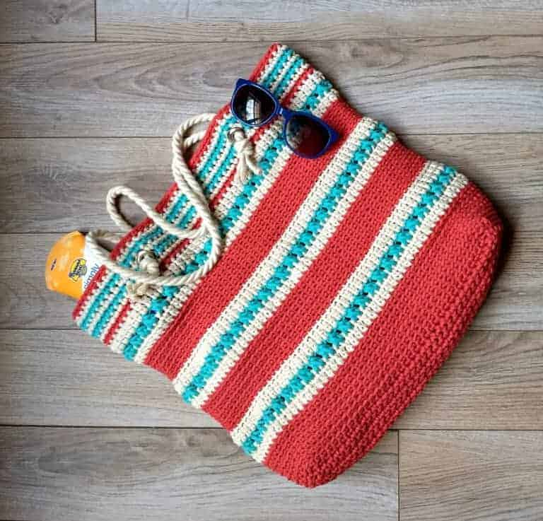 amazing crochet market bags, with sun glasses, striped market bag that is crocheted