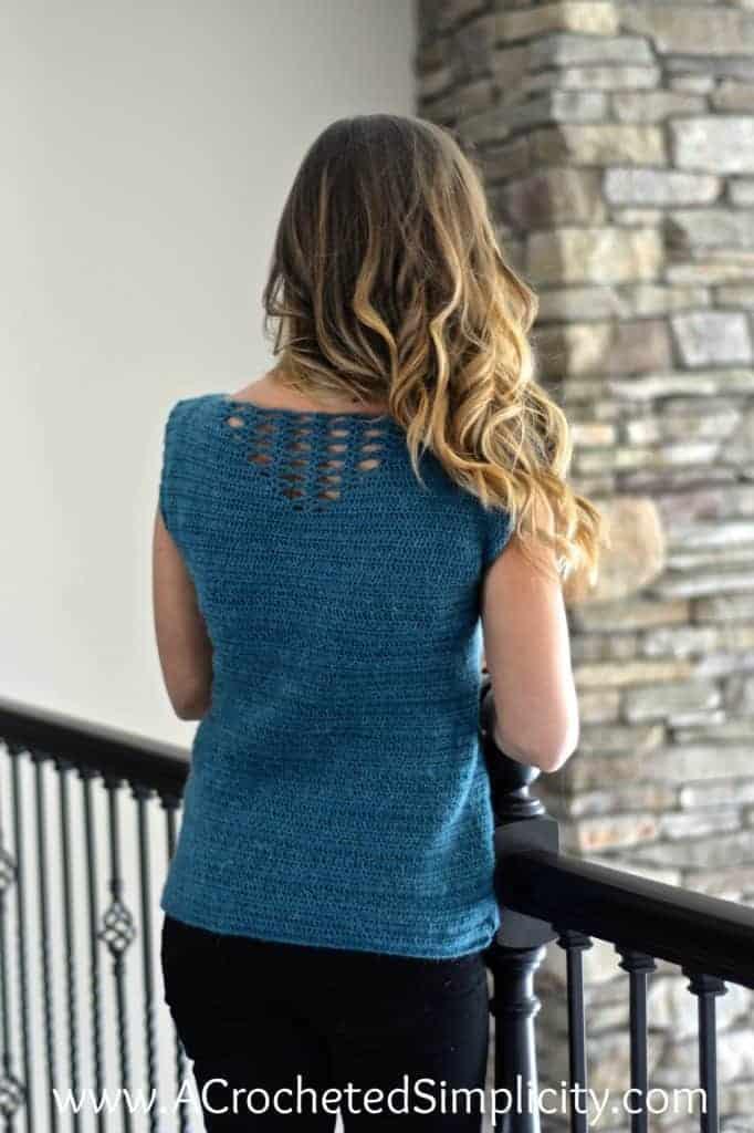 fun summer crochet tops, a blue crochet summer top with back details