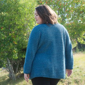 crochet classic raglan cardigan free crochet pattern, uses Lion Brand Yarn Jeans Yarn, available in sizes XS to 5XL, plus size crochet, petite size crochet, regular sizes