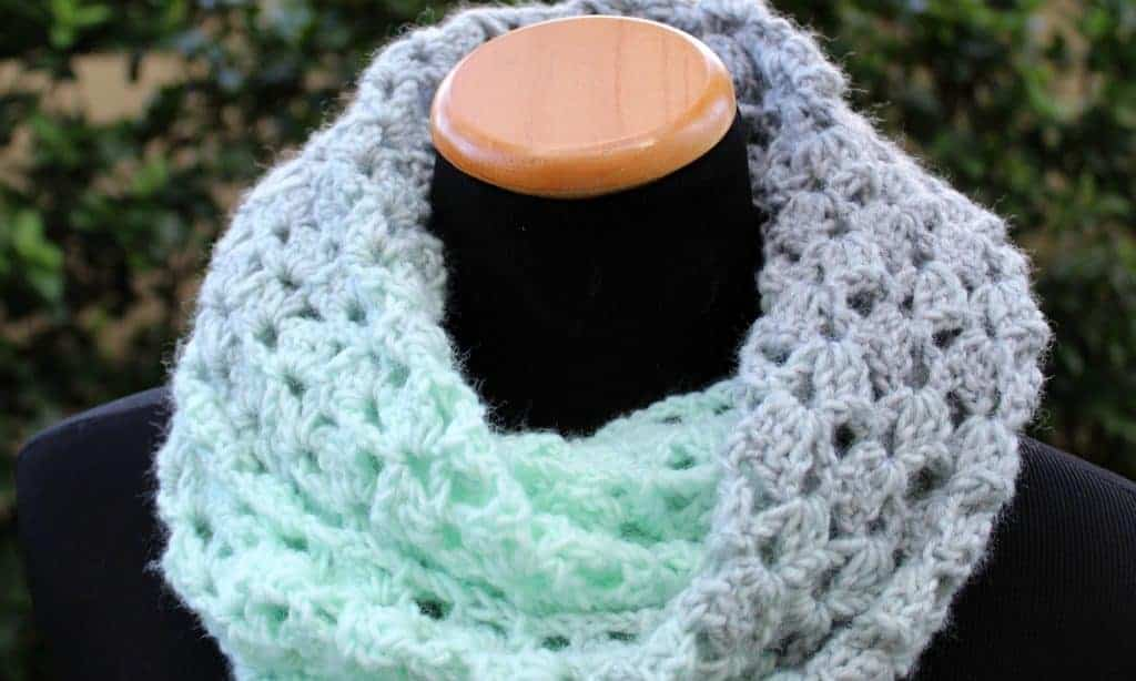 fun crochet cowls and scarfs for fal, made in two colors