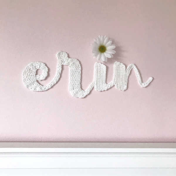 How to Crochet Personalized Wall Decor with Cursive Letters