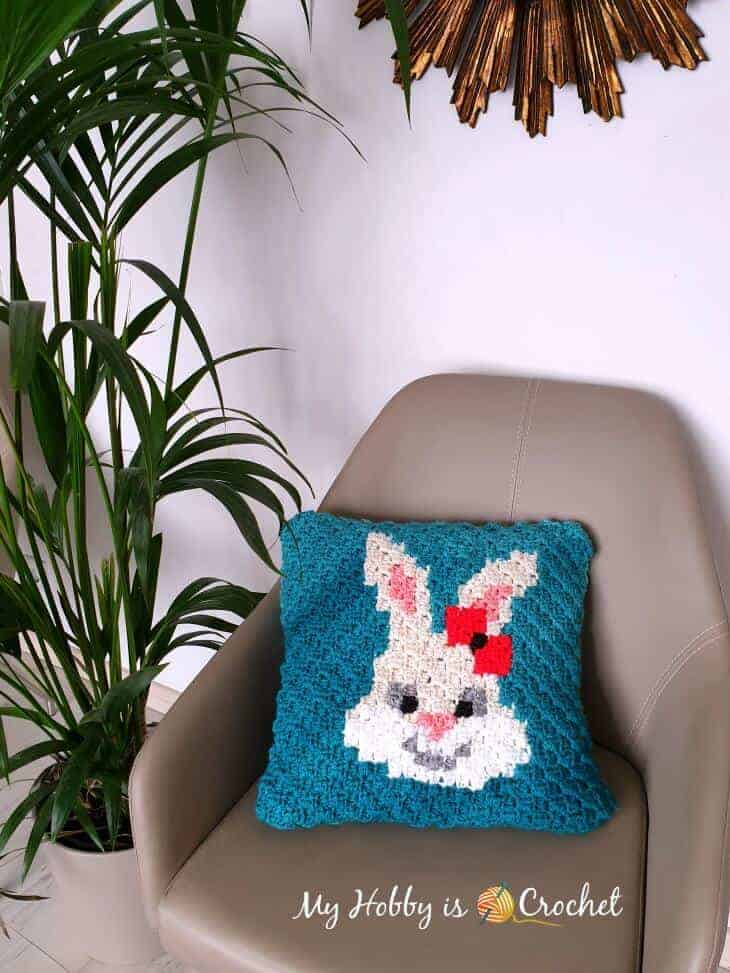 Removable C2C (Bunny) Pillow Case - Free Crochet Pattern