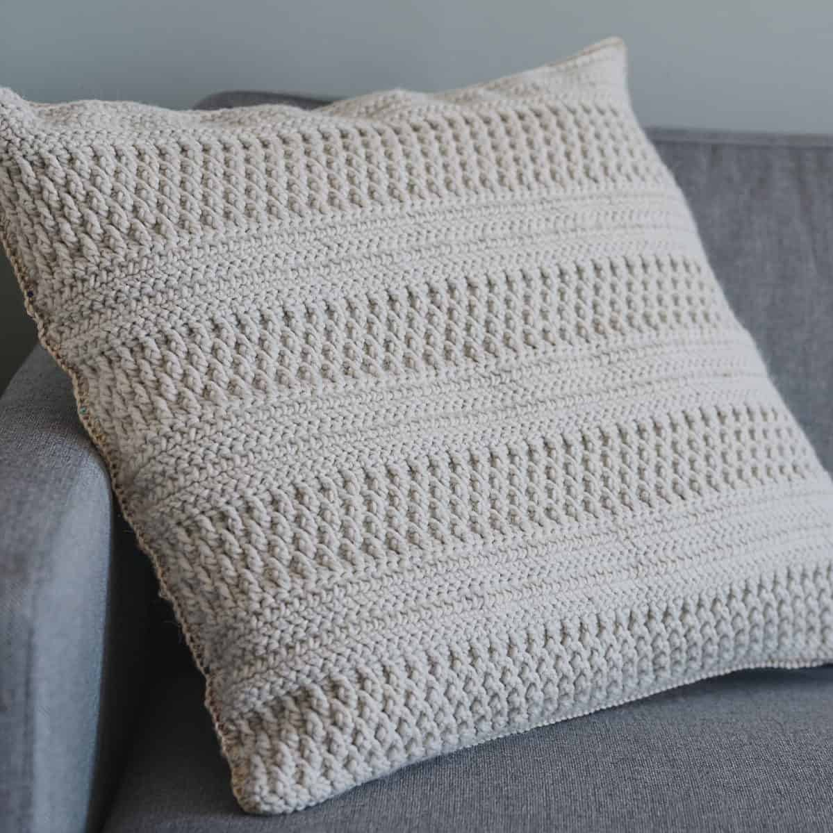 Simple Crochet Pillow Cover Pattern